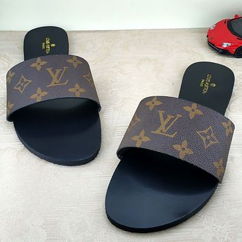 Trendsetter Louis Vuitton LV  Fashion Women And Men Sandal Slipper Shoes