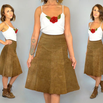 VTG 1970s high waisted western boho hippie midi SUEDE SKIRT, extra small-small
