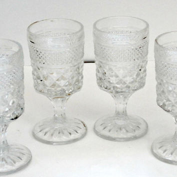 Set of 4 vintage sherry glasses retro antique crystal cordial liqueur glasses