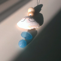 Handmade Necklace with a Shell and Glass Beads