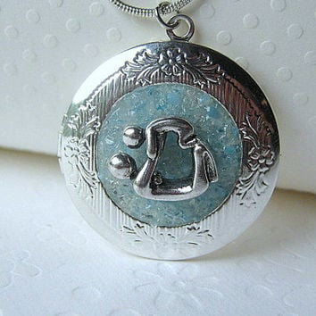 Personalized Locket Mother Child Jewelry Pregnancy Gift Midwife Gift Doula Jewelry Secret Message Stained Glass Silver Birthstone
