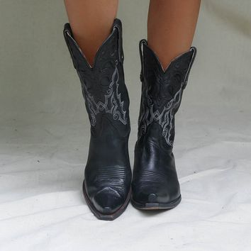VINTAGE Black Star Cowboy Western Boot