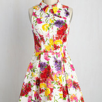 Atlanta Adventure Dress in White Flowers | Mod Retro Vintage Dresses | ModCloth.com