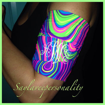 Cell phone armband for jogging stretch bright neon pattern armband to hold your phone, keys and music