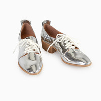 Faux Patent Leather Oxfords With Pointed Toe | Wet Seal