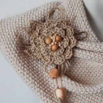Boho brooch, Jute brooch, Rustic Brooch, Shabby brooch, Fabric brooch, Rustic wedding