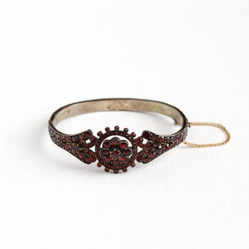 Antique Victorian Bohemian Garnet Gem Bracelet - Late 1800s Hinged Deep Red Gemstone January Birthstone Gilded Flower Bangle Jewelry