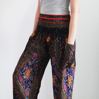 Harem pants/peacock design/bohemian pants/hippie clothes/elastic waist/Aladdin Pants/Yoga pants/elephant thai pants/boho pants/gypsy pants