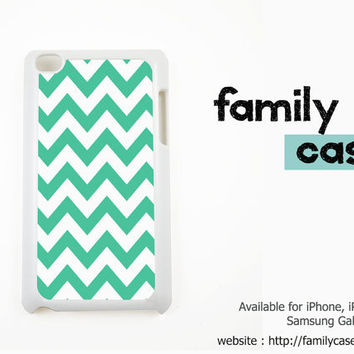 Mint Chevron / Teal Chevron iPod touch 4 / 4G Case iPod 5 / 5G Case, Cover / iPod touch 4th / 5th Generation Case, Cover