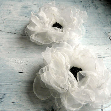 White Bridal Hair Flower, White Wedding Hair Accessory, Bridal Fabric Flower, White Wedding Hair Accessory, Wedding Headpiece