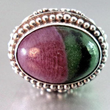 SAJEN Ruby Zoisite Heavy Sterling Ring, Bezel Set, Ornate Scroll Work, Vintage sz 5.5 - 6