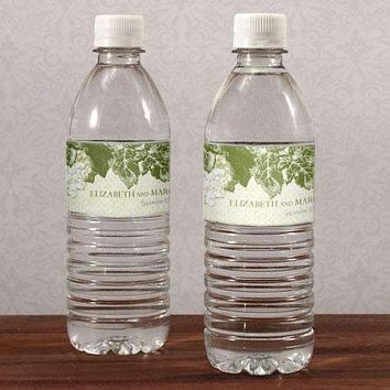A Wine Romance Water Bottle Label Berry (Pack of 1)