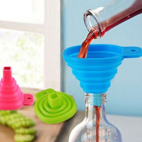 Candy Color Kitchen Tool Silicone Collapsible Style Mini Foldable Folding Portable Funnel Color Random