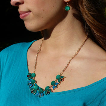 Emerald Green Bib Statement Necklace Dark Green with Gold setting and earrings