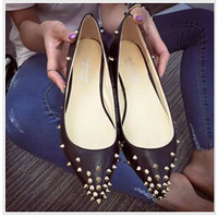 Studs Harness Shoes Flats Pointed Toe Nubuck Leather Shallow Mouth Single Shoes In Casual Flat Low Shoes Ladies