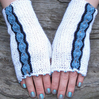 Texting mittens ~ Snow white knit arm warmers ~ One of a kind gift for best friend, winter holidays stocking stuffer