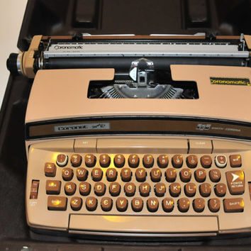 SALE, Works great, Vintage Working Electric Typewriter Coronamatic Smith Corona Super 12 Coronet Profesional Tan Color, Nice Ribbon
