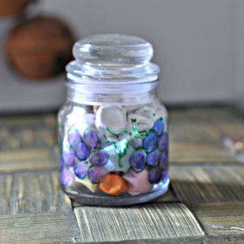30 Lucky Stars - Origami in a hand painted glass bottle - Wishing Star Jar - Handmade by The Hippie Patch - Grapes Grapevine