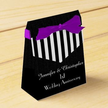 1st Anniversary Favor Box, Black & White Stripes Favor Box