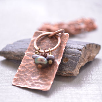 Rustic Hammered Copper Necklace Pendant // Boho Lavender Freshwater Pearl Necklace Pendant // Tribal Copper Necklace