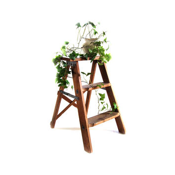 Vintage Small Wooden Folding Step Ladder Industrial Loft Decor Display Shelf Plant Night Book Stand