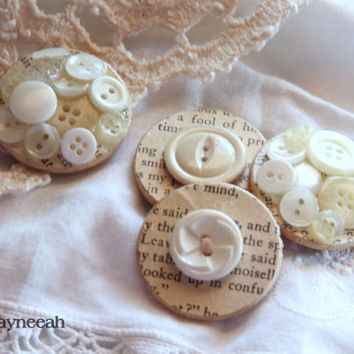 Handmade Magnets, Cream Magnets, Cute Magnets Housewarming Gift, Wedding Favors, Hostess Gift, Kitchen Decor, Vintage Papers, Buttons