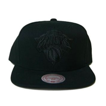 Mitchell & Ness NBA New York Knicks Black on Black Snapback Hat