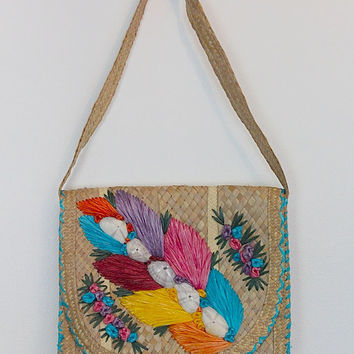 Vintage Straw Purse / Woven Raffia / Seashells / Tropical Caribbean Summer Handbag / 1960s 1970s