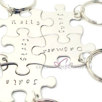 5 Puzzle Piece Keychain Set, Family Keychain Set, Best Friends Keychains, Initial Keychains, Set of 5 puzzle piece keychains