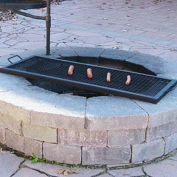 Sunnydaze Decor 30 Inch Metal Rectangle Fire Pit Cooking Grill