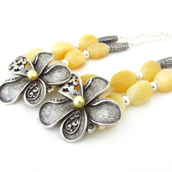 Yellow Shabby Chic CurtainTiebacks, Beautiful Flower Curtain Tiebacks, Beaded Curtain Hold Backs