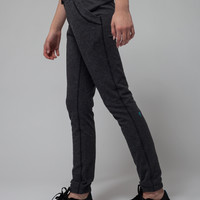 Stretch n' Recovery Pant | ivivva