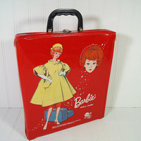 Vintage Barbie Doll Case - Retro Red Patent Leather Vinyl Barbie Doll Carrying Case - Vintage Mattel Single Fashion Doll Collection Display