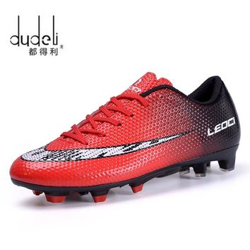 DUDELI Football Shoes Men Soles Anti Slip Professional Training Sneakers Sports Soccer Shoes Cheap Youth Football Training Shoes