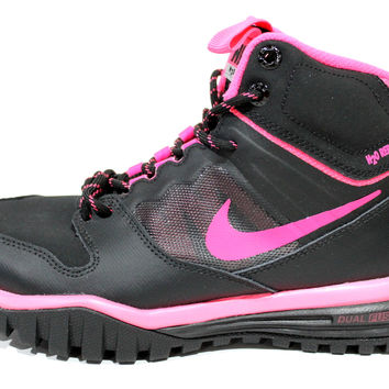 Nike Youth's Dual Fusion Hills Mid GS Black/Pink Boots 685621 002