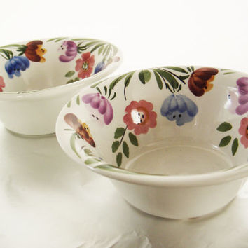 Set of two 1960s hand painted ceramic bowls with floral decoration - floral bowl - Italian bowl set - snack bowls - hand painted bowl