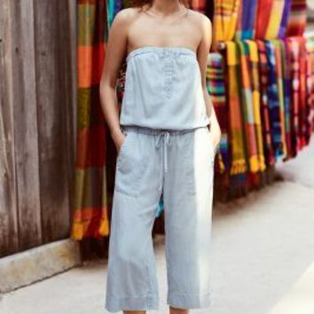 Cloth & Stone Strapless Chambray Jumpsuit in Light Denim Size: