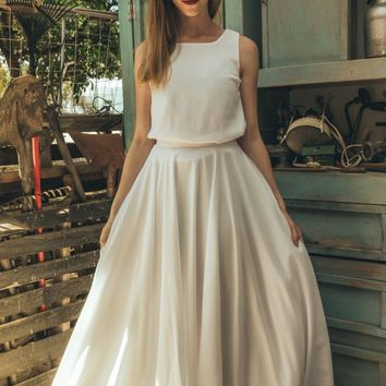 Bohemian wedding dress / Sleeveless bohemian wedding dress /  Bohemian hippie wedding dress / Bohemian chic wedding dress / Calla lily white