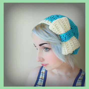 Soft Turquoise Crochet Beret Hat with Over Sized White Bow - Women's Medium