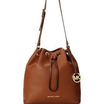 michael-michael-kors-large-jules-drawstring-shoulder-bag number 1