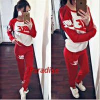 NIKE Print Scoop Neck Top Sweater Pants Sweatpants Set Two-Piece Sportswear
