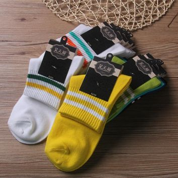 10 Colors Sock with Two Stripes In The Middle Unisex Happy Socks 2018 Funny High Quality Cotton 100% Casual Tube Socks