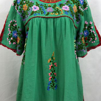 """Lijera Libre"" Plus Size Mexican Embroidered Peasant Top -Green"
