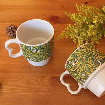 Nevco stackable mugs for coffee or tea. Made in Japan, circa 1970s.