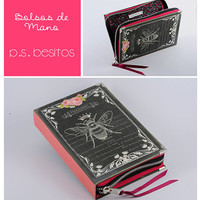 Vintage Black Queen Bee Book Clutch by psBesitos on Etsy