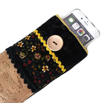 iPhone 6s cork / iPhone 5S sleeve / iPhone 6s Plus Case / ipod touch 6g / ipod 5g pouch / ipod classic / i6 case - Floral cork pouch