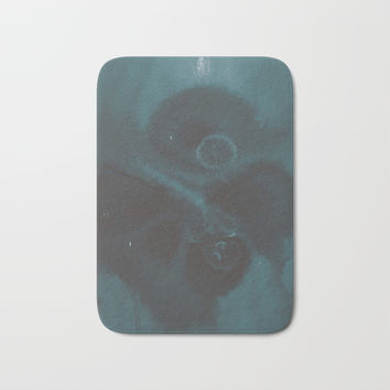 Wintergreen Bath Mat by duckyb