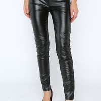 Faux leather leggings/pants