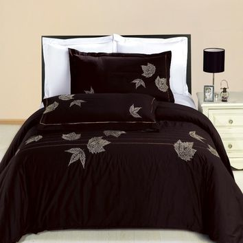 Newbury Embroidered 3-Piece Duvet Set