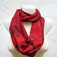 infinity scarf Loop scarf Neckwarmer Necklace scarf Fabric scarf  Red Black